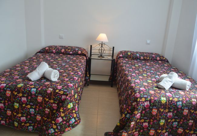 2 single bed bedroom - Resort Choice