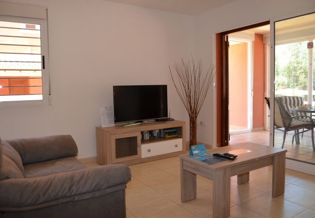 Apartment rental  with spacious living room - Resort Choice