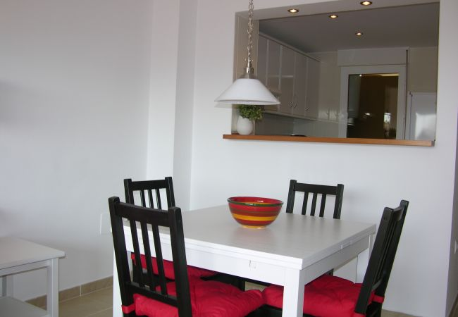 Dining room with comfortable furniture - Resort Choice
