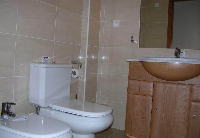 Spacious modern bathroom - Resort Choice