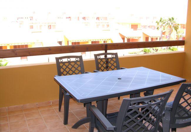 Multipuropse sitting area in terrace - Resort Choice