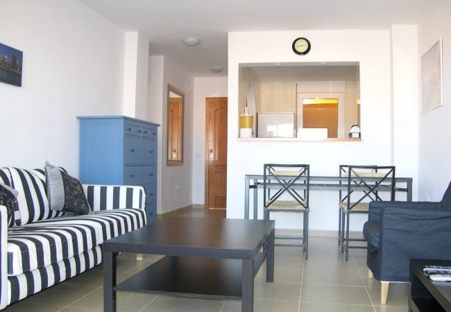 Spacious and well equipped living room in apartment rental - Resort Choice
