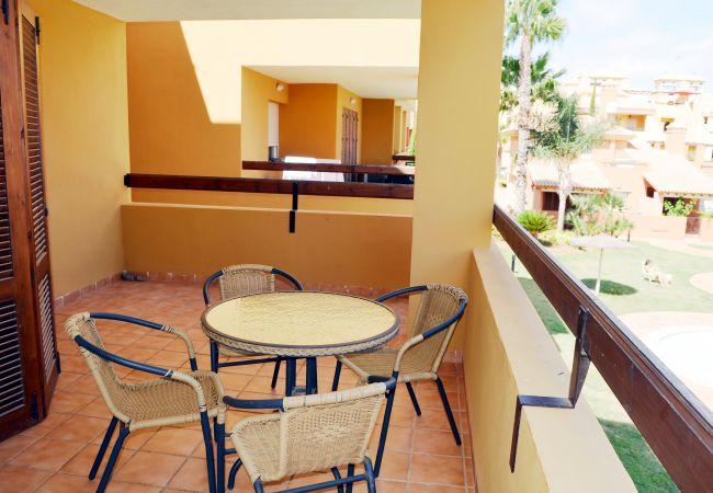 Spacious balcony having sitting area - Resort Choice
