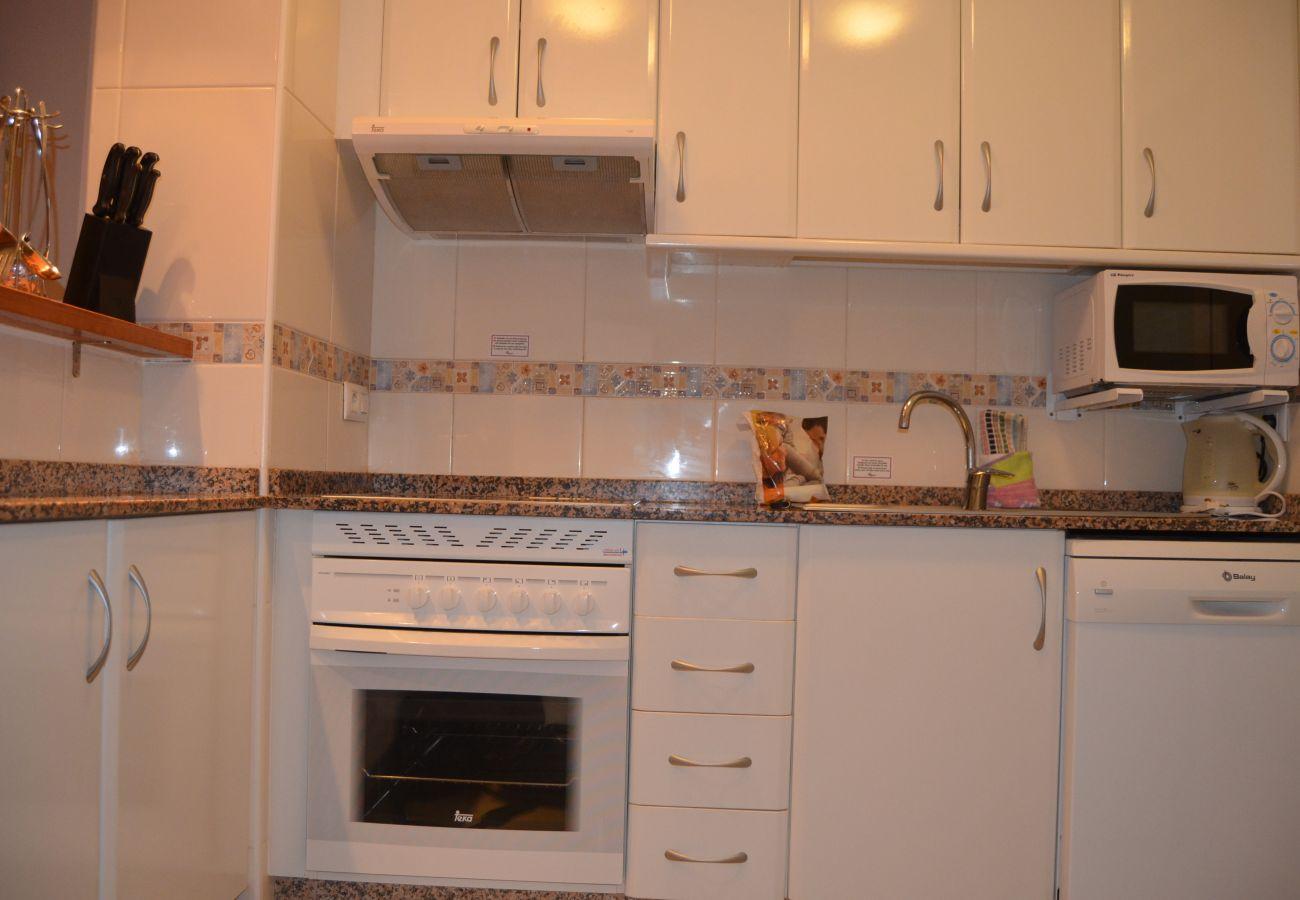 Modern kitchen with attractive interiors - Resort Choice