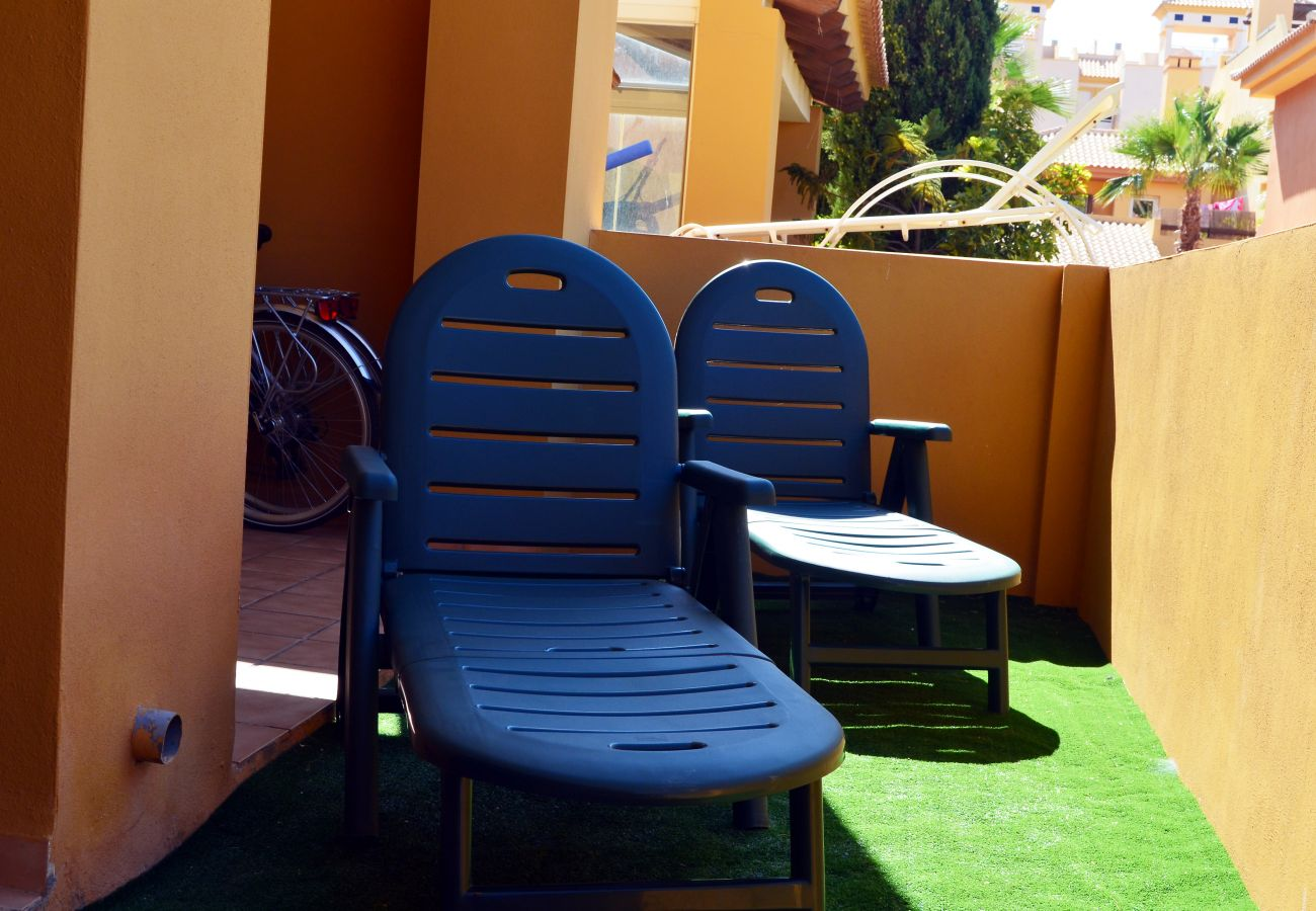 Private terrace with rexation chairs - Resort Choice