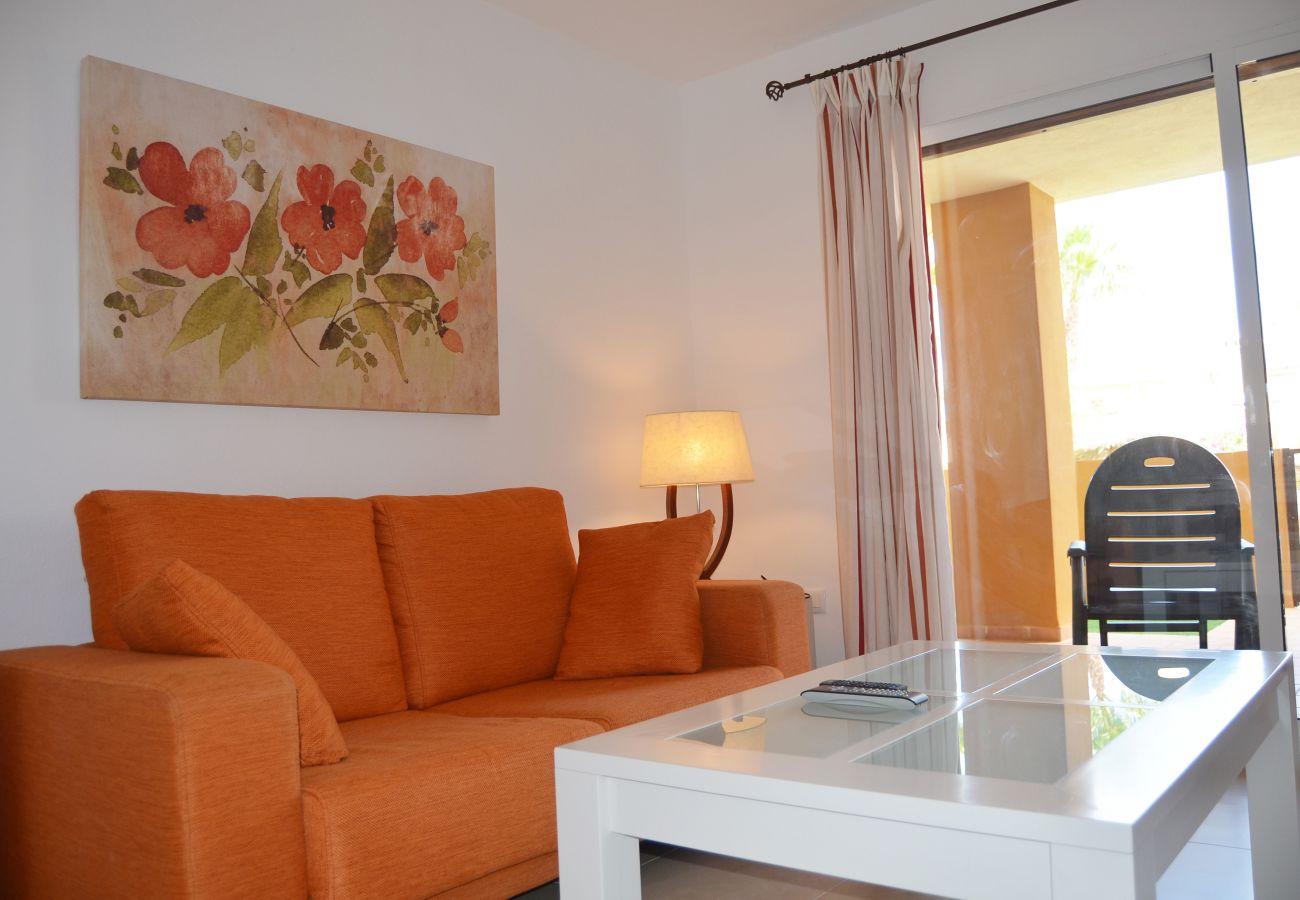Apartment having luxurious living room - Resort Choice
