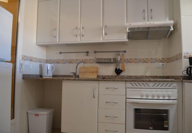 Kitchen with modern appliances - Resort Choice