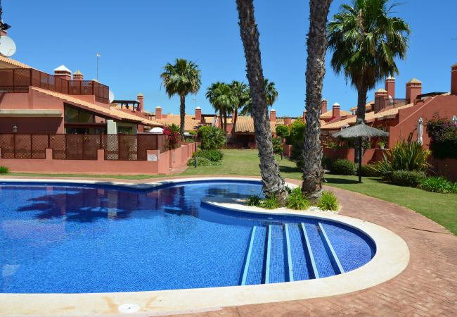 Luxurious bungalow with spacious swimming pool for Rent