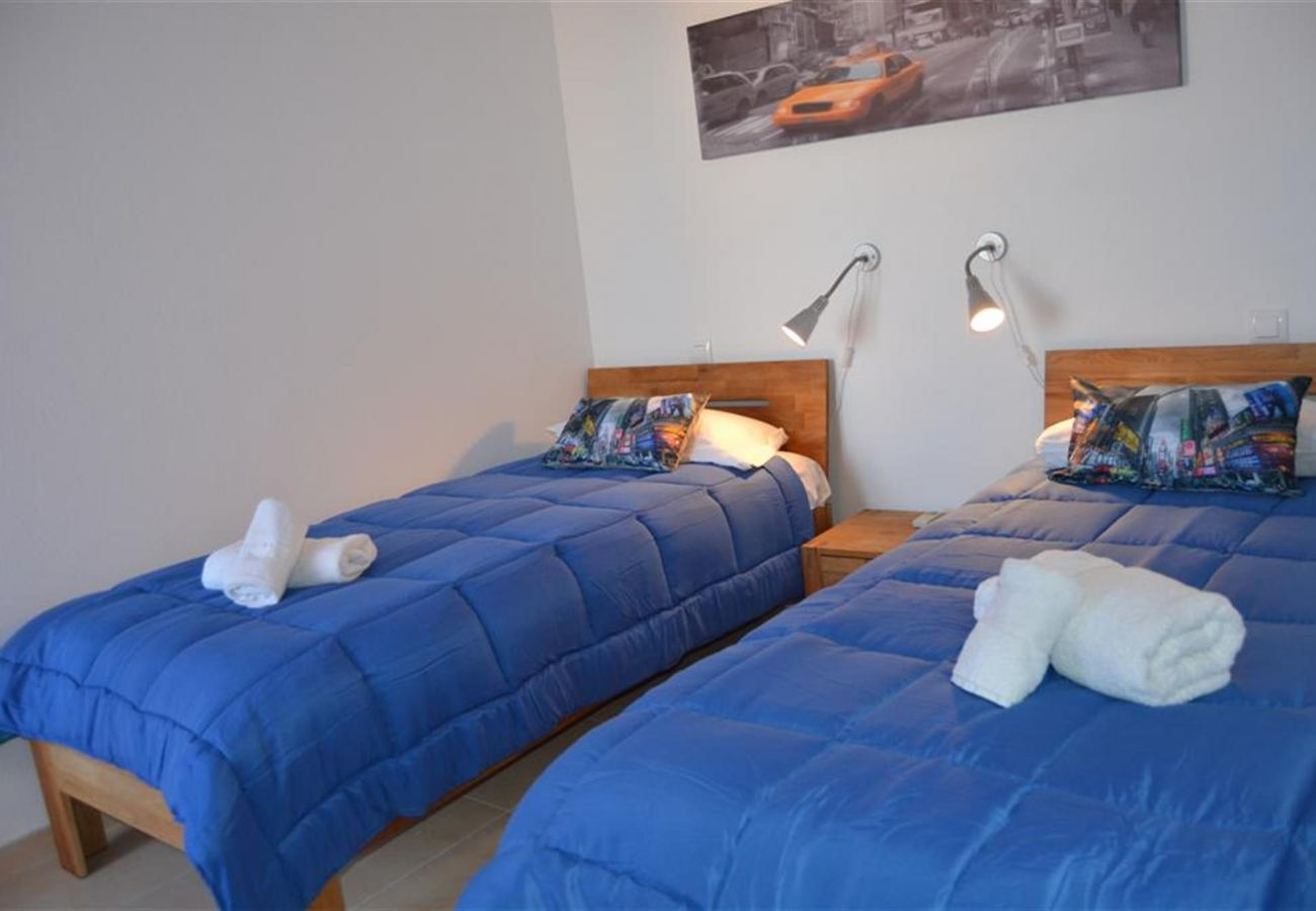 2 single bed bedroom in penthouse in Arona- Resort Choice