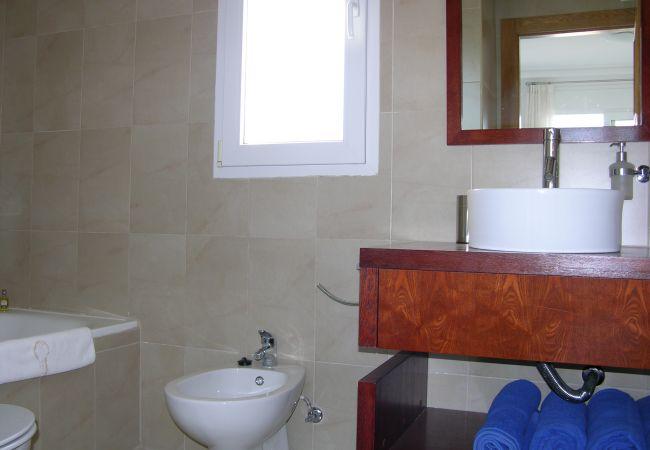 Beautiful bathroom of La Torre Golf Resort townhouse