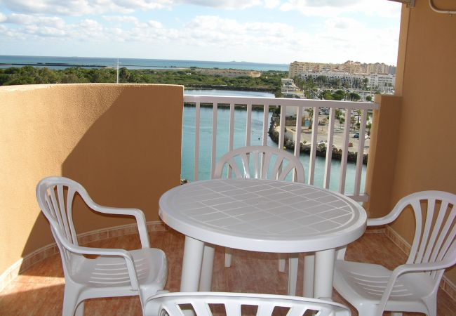 Spacious balcony in apartment in La Manga- Resort Choice