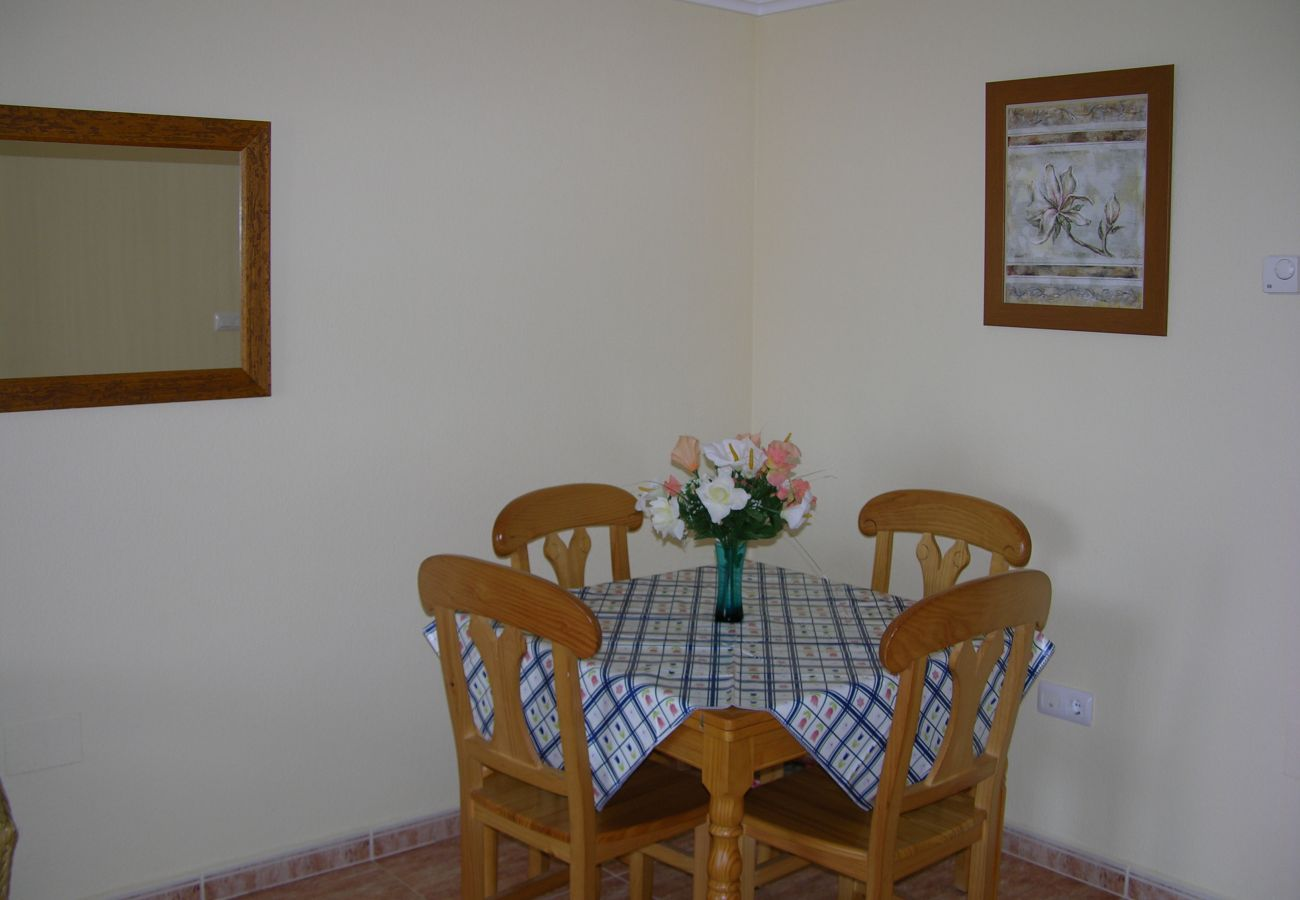 Compact beautiful dining area - Resort Choice