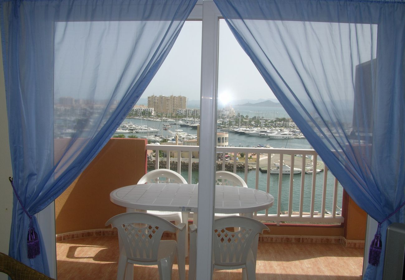Spacious balcony in apartment with sitting area and beautiful views - Resort Choice