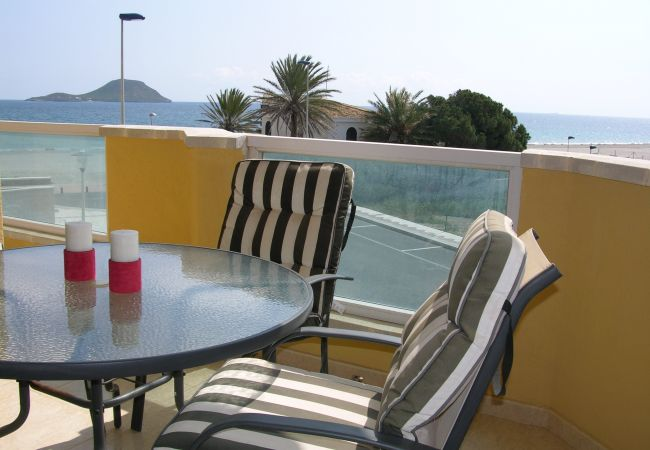 Spacious balcony with sitting area and nice views - Resort Choice