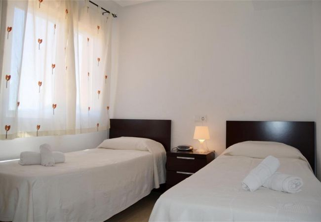 Beautiful Double Bedroom of Ribera Beach Apartment