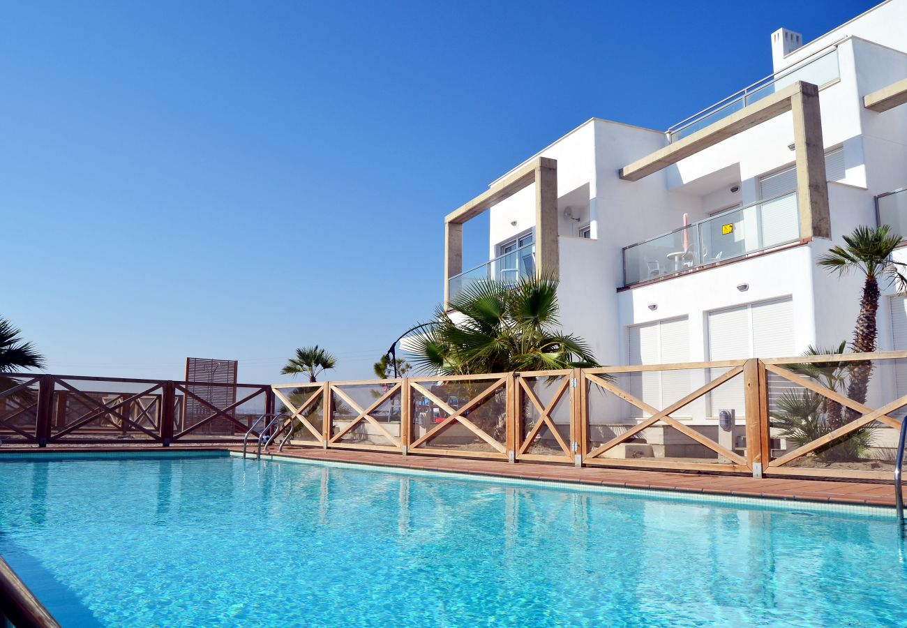Family apartment rental with large outdoor swimming pool - Resort Choice