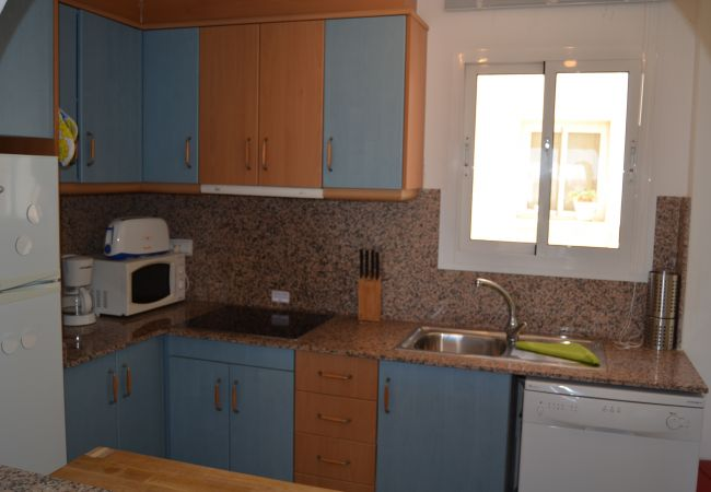 Modern kitchen with latest appliances - Resort Choice