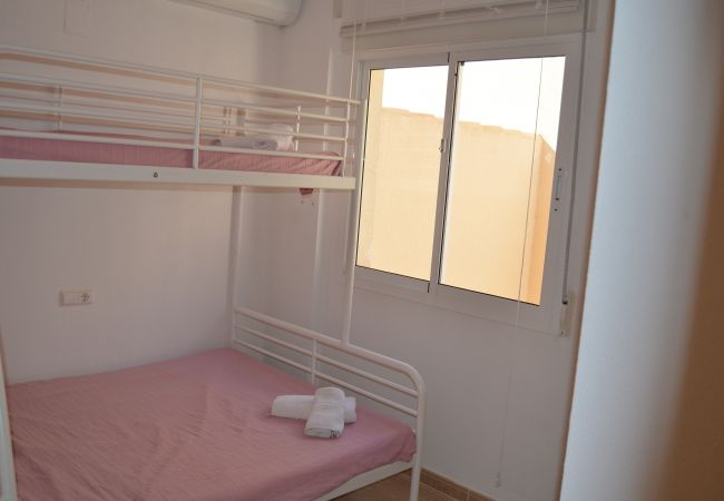 Double floor compact bedroom in Cristal Villa Penthouse - Resort Choice