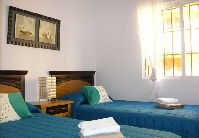 2 single bed bedroom very confortable - Resort Choice