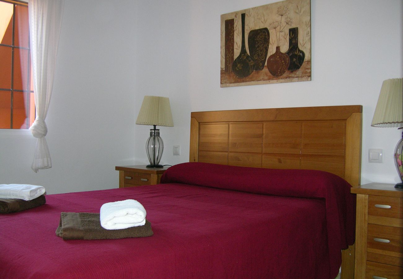 Double bed bedroom with beautiful interiors - Resort Choice