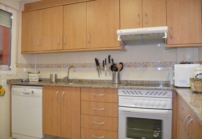 Spacious kitchen with all modern kitchen ware - Resort Choice