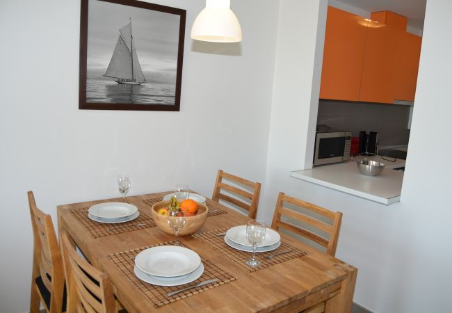 Spacious and comfortable Dining room in Apartment - Resort Choice