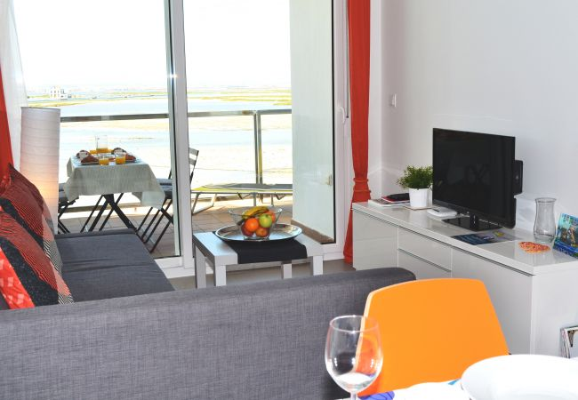 Well equipped Spacious Living room - Resort Choice