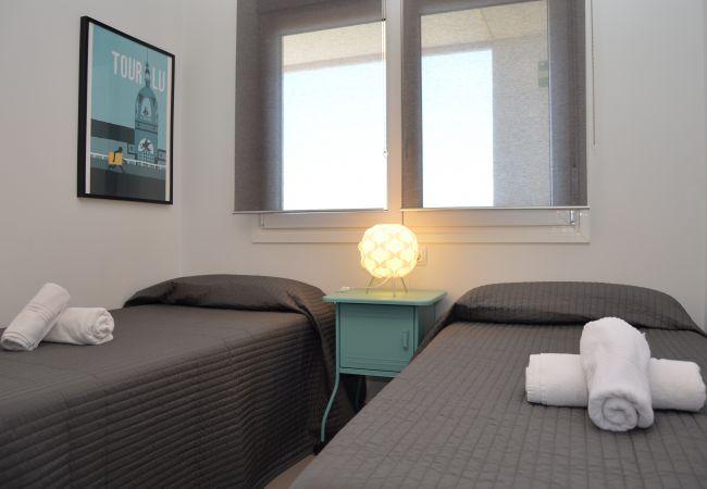2 single bed spacious bedroom - Resort Choice