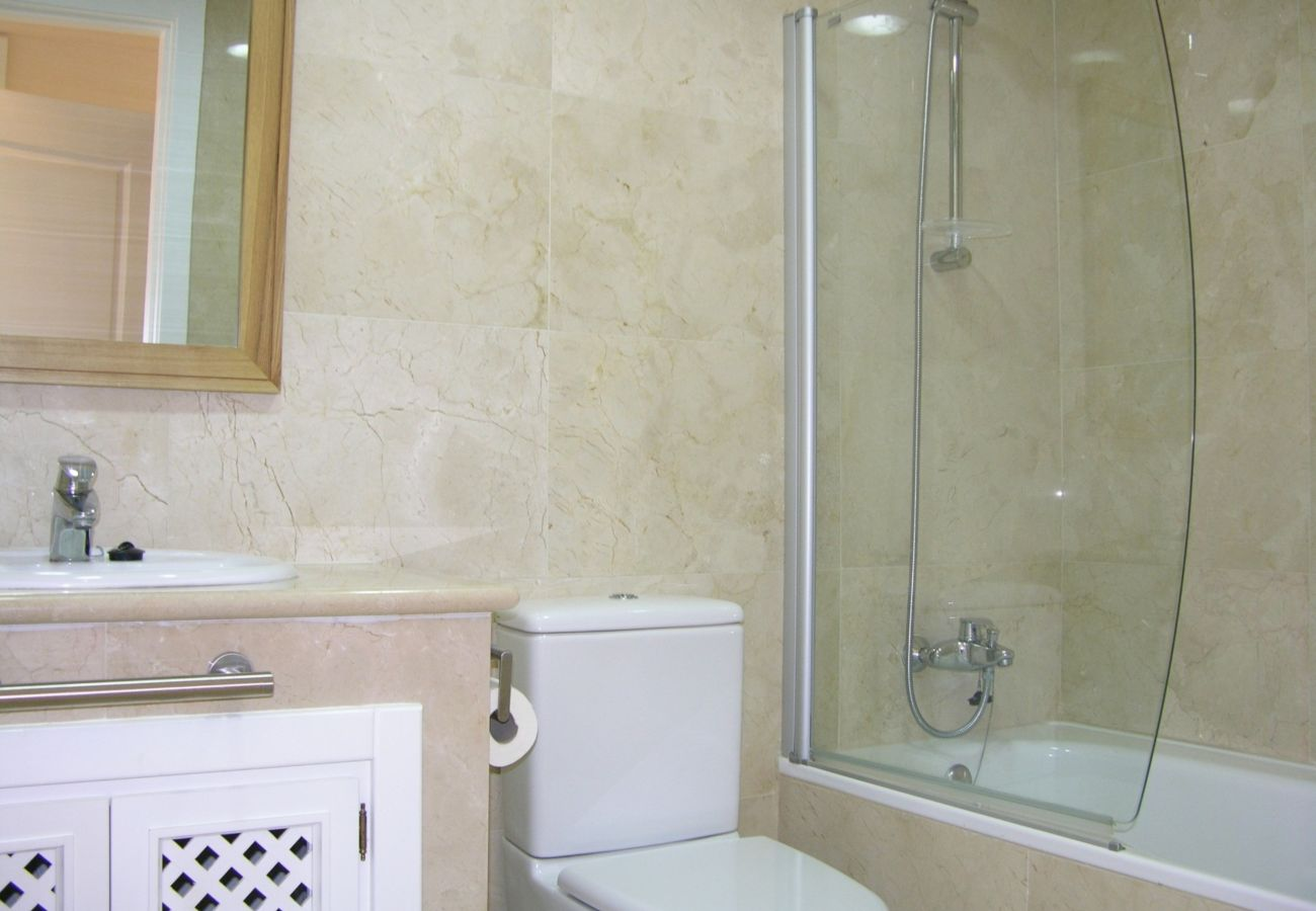 Fully Equipped Bathroom of Roda Golf Resort House