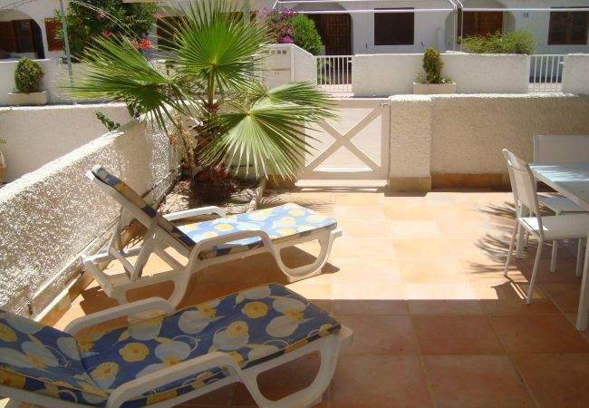 Beautiful house with spacious and well equipped terrace