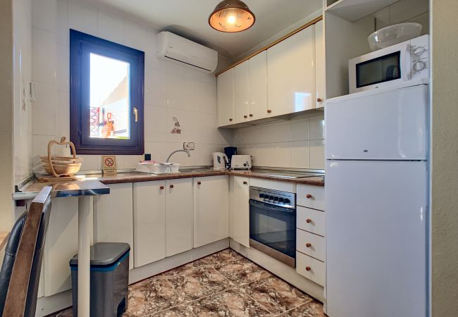 Well equipped and spacious kitchen - Resort Choice