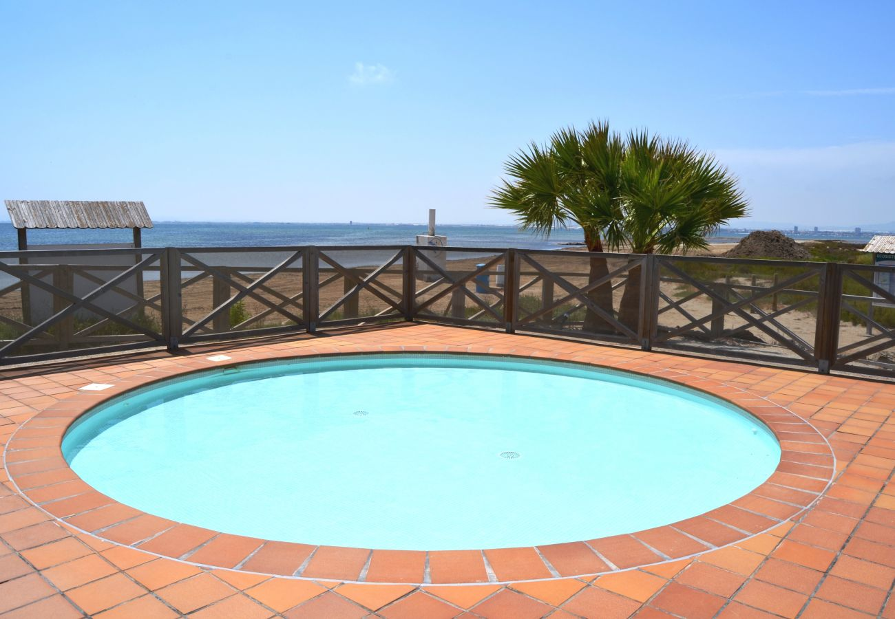 Arenales Comlex having children´s swimming pool - Resort Choice