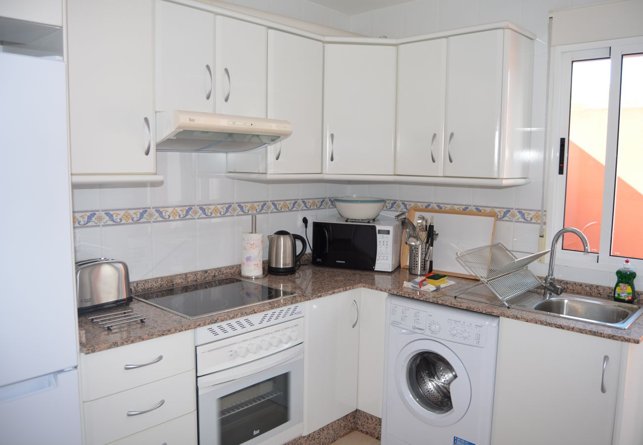 kitchen with modern appliances - Resort Choice