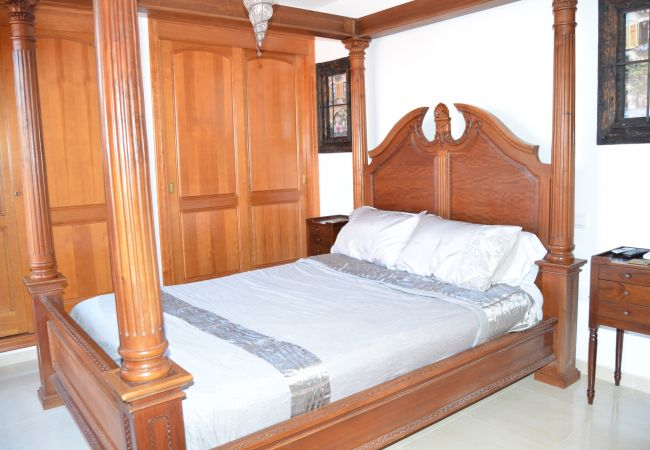 Fully Furnished bedroom in poolside house - Resort Choice
