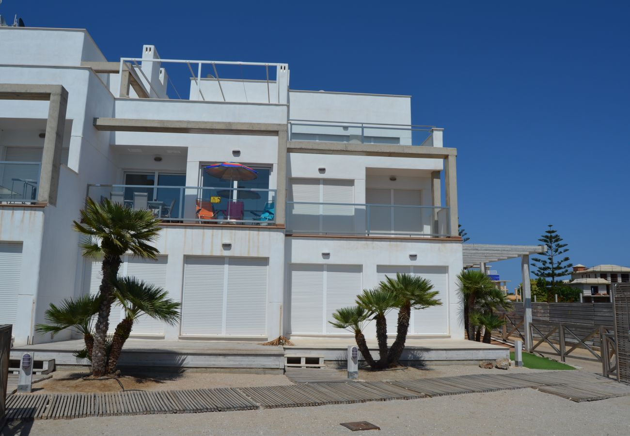 Exterior of Arenales apartment - Resort Choice