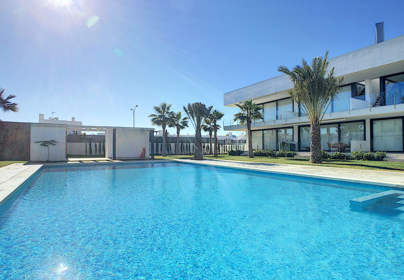 Апартаменты на Mar de Cristal - Antilia Terraces 2 Penthouse - 3209